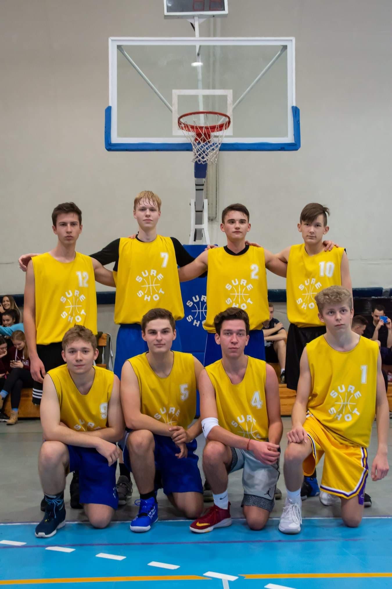 Krzysiek Polański koszykówka